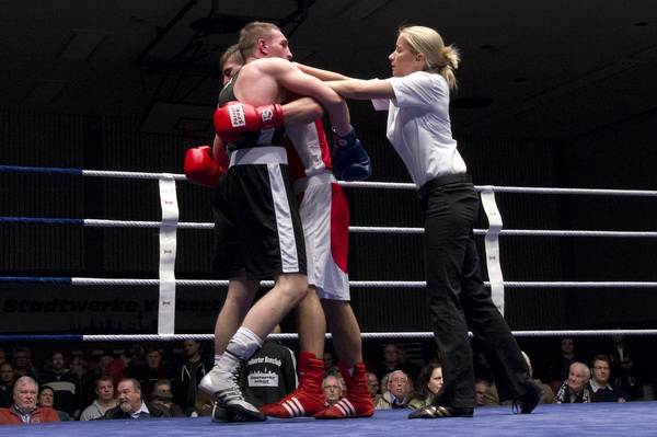 Geht auch dazwischen, wenn es gefährlich ist- Susan Köpke im Kampf zwischen Denis Radovan und Xhek Paskali