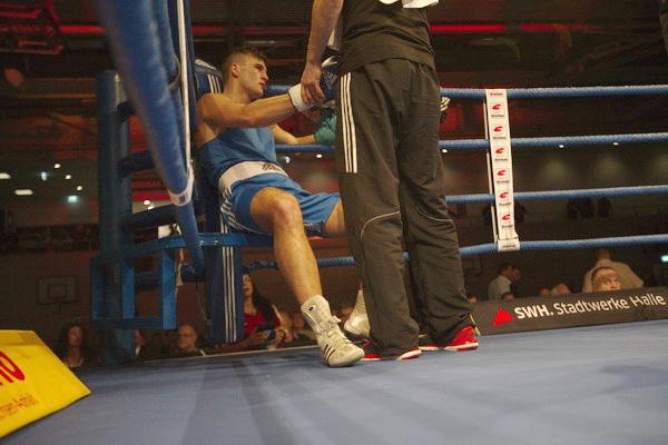 Xhek Paskali wird gegen Max van der Pas (NED) boxen